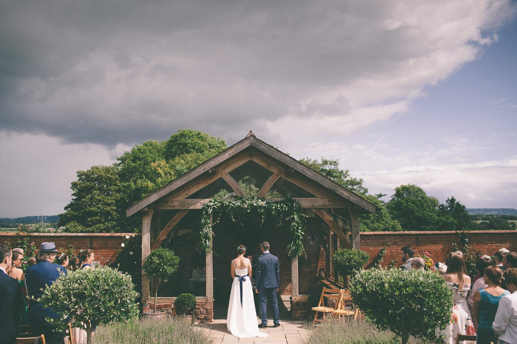 upton-barn-walled-garden-devon-wedding-photography-124
