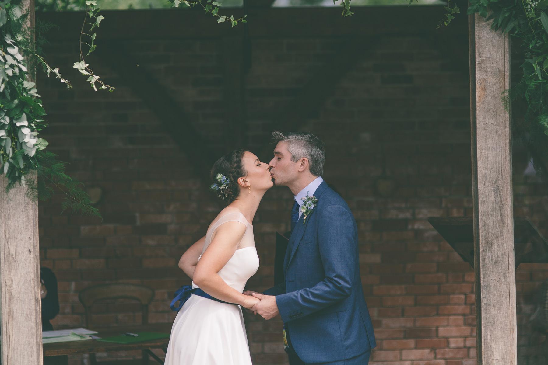 upton-barn-walled-garden-devon-wedding-photography-131