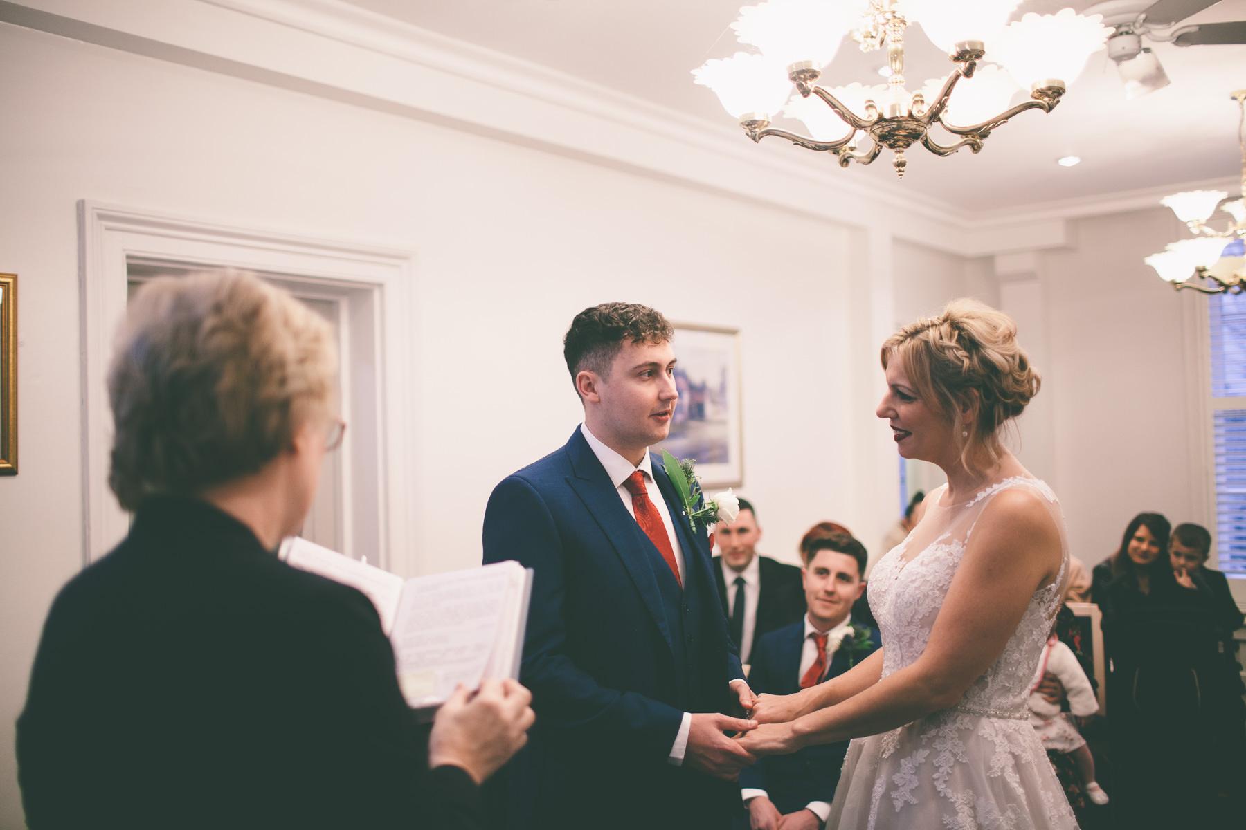 Titchfield-abbey-fareham-registry-wedding-photography-Jessica-and-Lance-web-152