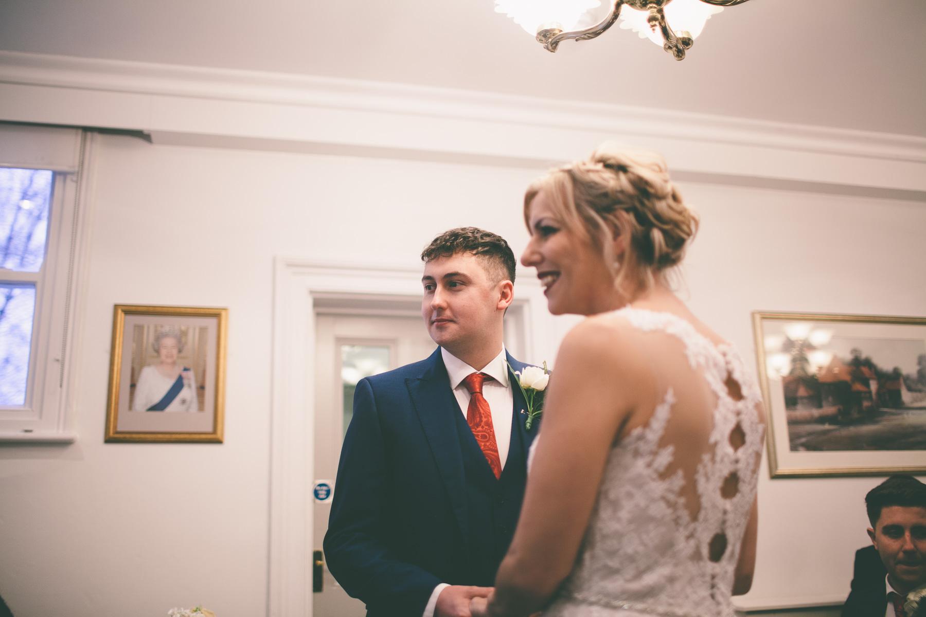 Titchfield-abbey-fareham-registry-wedding-photography-Jessica-and-Lance-web-162