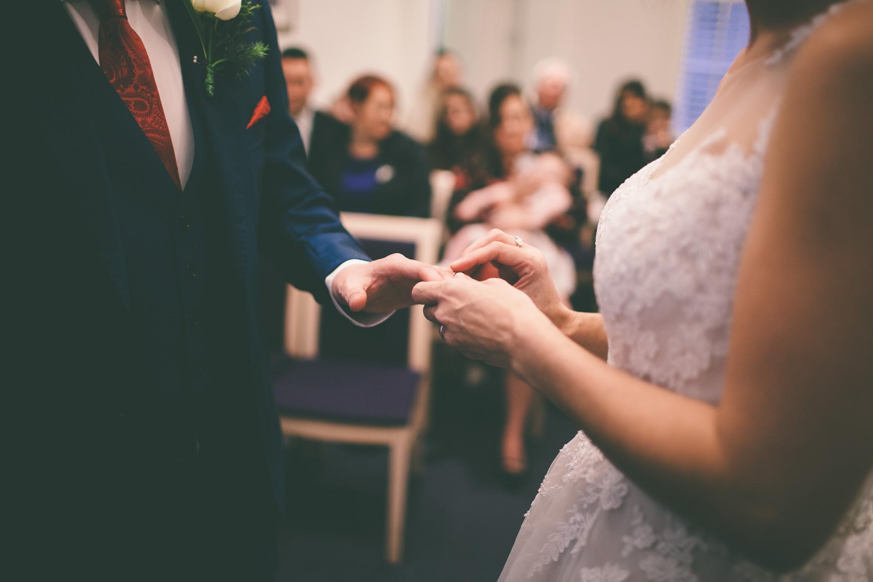 Titchfield-abbey-fareham-registry-wedding-photography-Jessica-and-Lance-web-166
