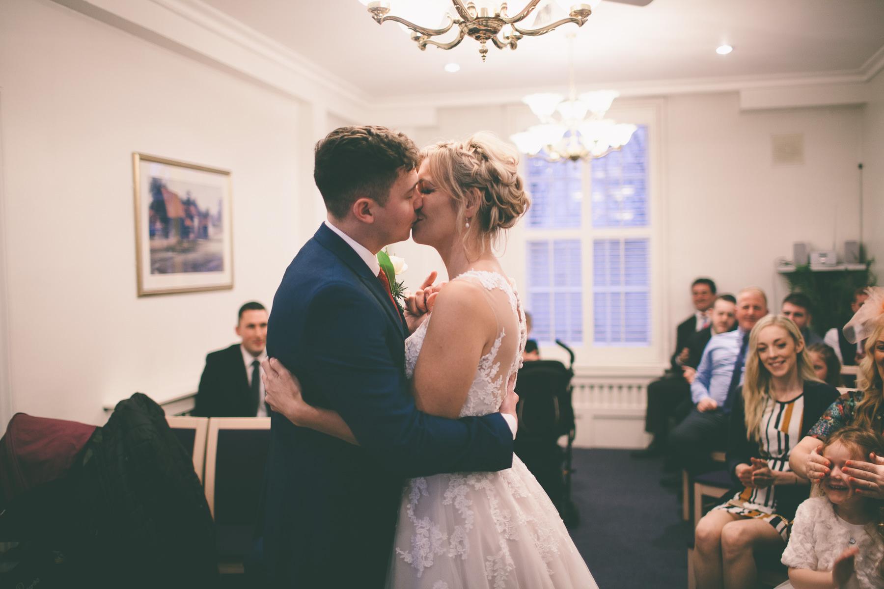 Titchfield-abbey-fareham-registry-wedding-photography-Jessica-and-Lance-web-172