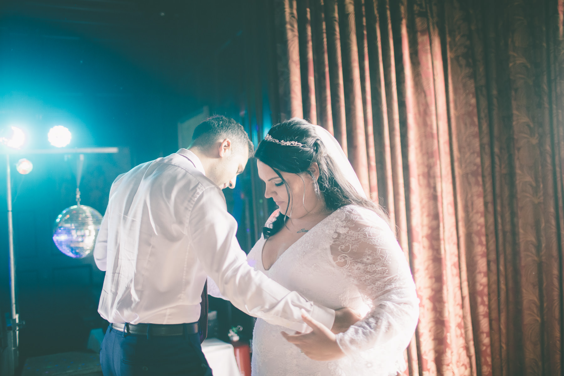bartley-lodge-hotel-hampshire-wedding-photography-185